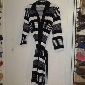 Black and White Long Sleeve Dress shirt